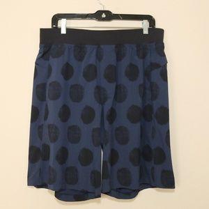 "Lululemon Mens THE Shorts Blue Dots 11"" Inseam XL"
